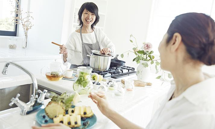 料理の効率アップ!「家事動線」を考えたキッチンの整理収納術