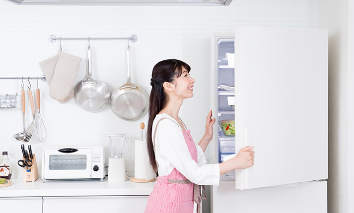はじめての一人暮らし。水回りの掃除のコツ【冷蔵庫編】