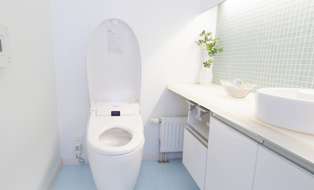 トイレの水漏れ。早く助けて!!