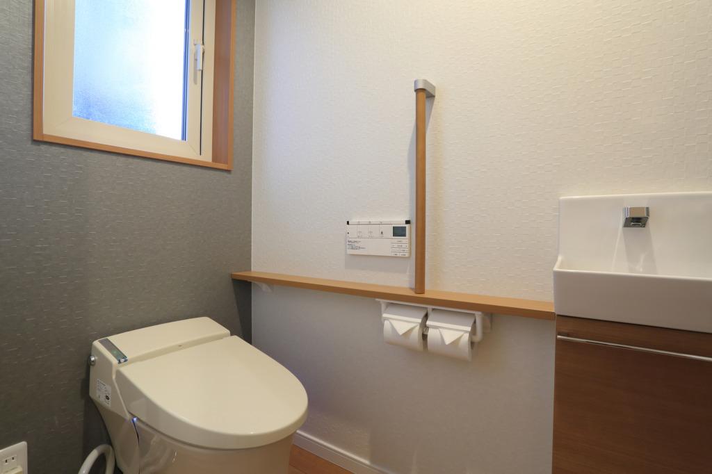 トイレの手洗いの水漏れ!自分で治せるかしら?