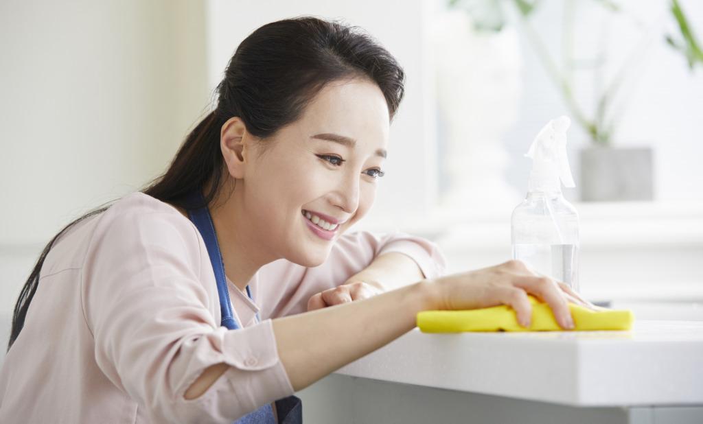 キッチンシンクの茶色いシミは天然素材でめっちゃ落ちる!